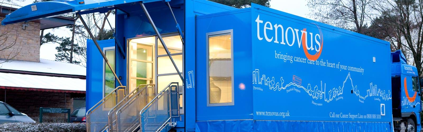 Mobile Chemotherapy Unit Trailer Tenovus (4)