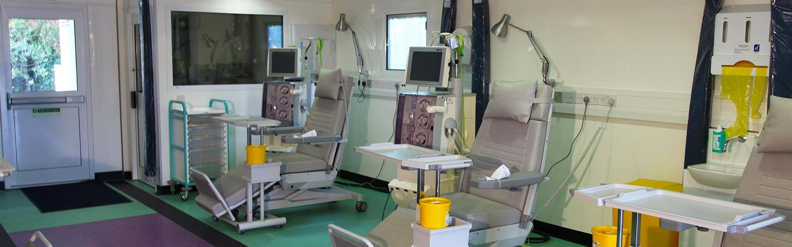 Mobile Renal Dialysis Treatment Facility St George's Hospital (4)